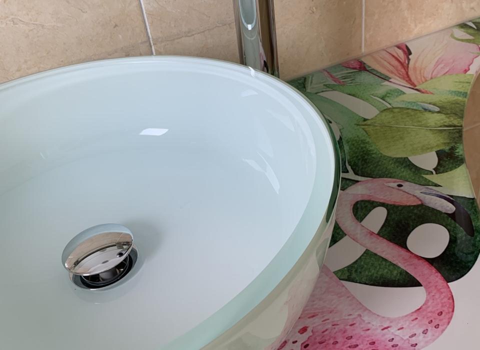 residence Riccione lavabo fenicotteri rosa