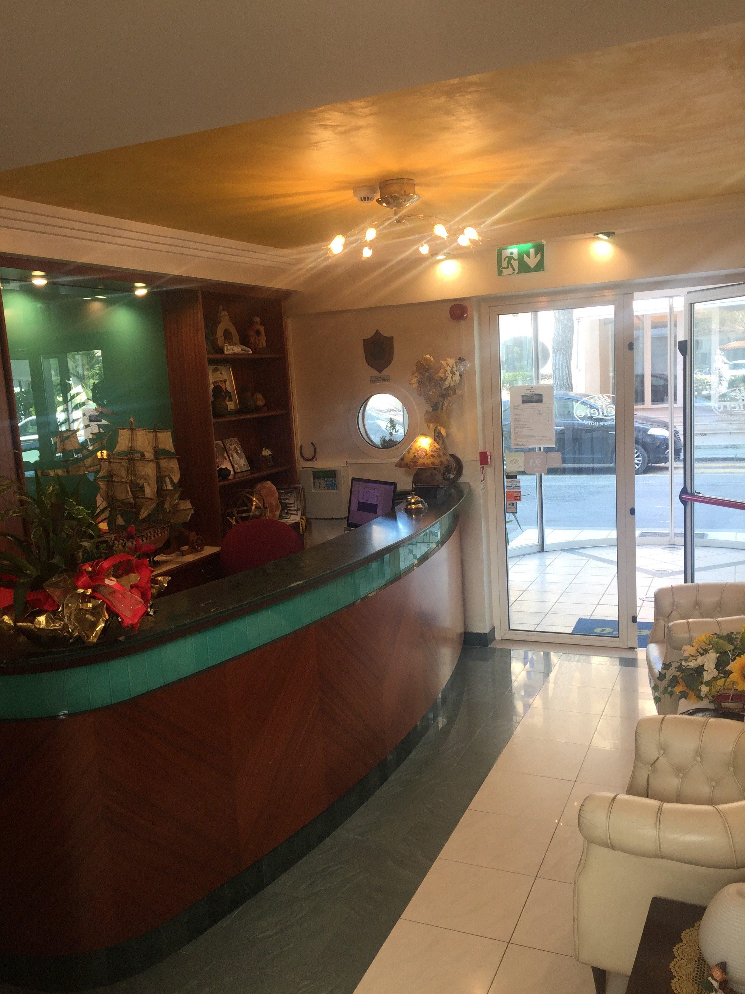 reception aperta 24 ore nel nostro residence a Riccione